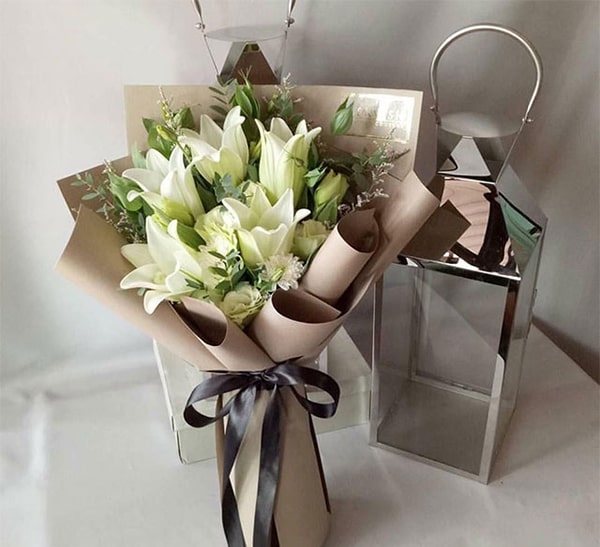 Mẫu hoa ly tặng mẹ