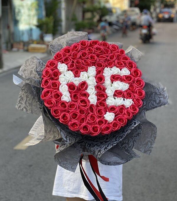 Hoa hồng tặng mẹ 99 bông đẹp